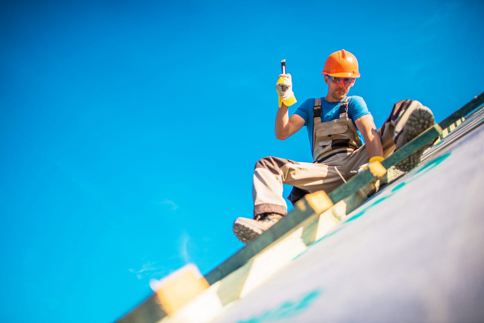 The roofing maintenance services offered here are guaranteed to protect your investment.